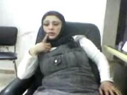 دكتور امراض نسا زانق محجبة طلقة فى العيادى يخلعها الهدوم ويدق كسها نياكة