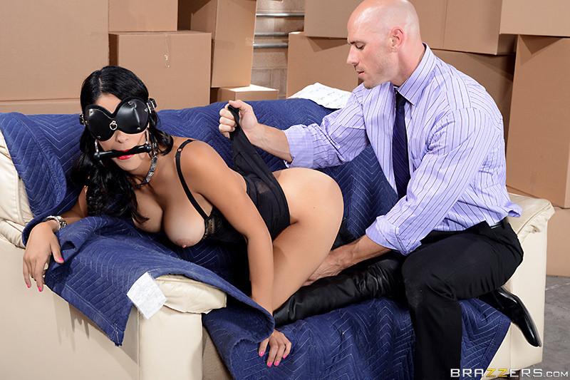 Jasmine Caro - Working Stiff