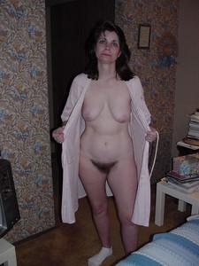 http://img65.imagetwist.com/th/19579/fw4agpxwckko.jpg