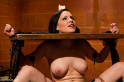 ES-21185 - May 15, 2012 - Bobbi Starr and Katie St. Ives | 64 | 1200x800 | 16,5 MB