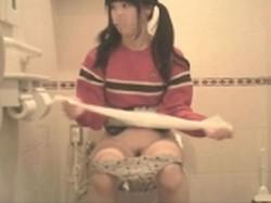 【投稿作品】女子大生やOLのティーンガールのトイレ覗き‼ File16