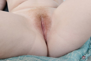 Lucy Foxx - Young and Hairy - Set 353260
