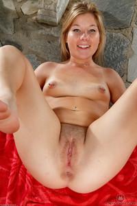 Katie Sloan - Nudism - Set 351425
