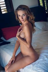 Cara Mell - My Sexy Body