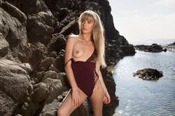 Jennifer-Love-in-Seashore-Beauty--b6tcuhvpg6.jpg