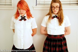 Ivy And Roxie's Punishment Continues (hd) - image2