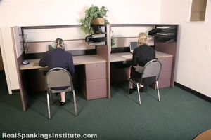 Roxie And Lauren: Slacking At Their Off Campus Jobs (part 1 Of 2) - image4