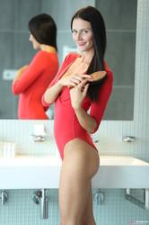 Kira-%E2%80%93-Strips-Out-Of-Her-Tight-Bodysuit-For-A-Wet-Shower-x6sehbqvzp.jpg