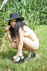 Malena-Cowgirl--i6sfcdtlvv.jpg