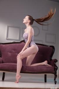 Emily Bloom - Sofa Show e6sqe5wj3n.jpg