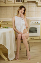 Crystal-Maiden--Dinner-Delight-1--j6sralruf2.jpg