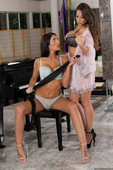 August-Ames-%26-Madison-Ivy-A-Madison-Massage-%28posing%29-l6s9qh04bk.jpg