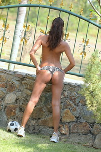 Cira Nerri - Football Queen  z6rmheljld.jpg