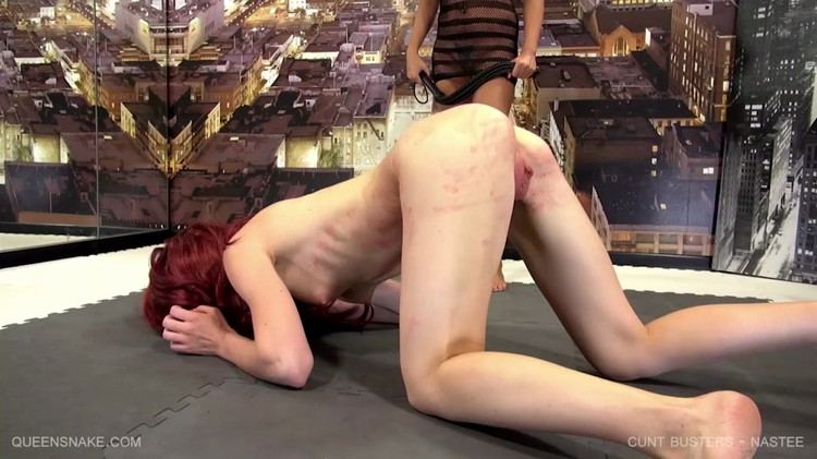 Big tits round ass lesbians