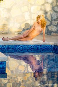 Ariel - Sexpot  q6rraoo7wk.jpg