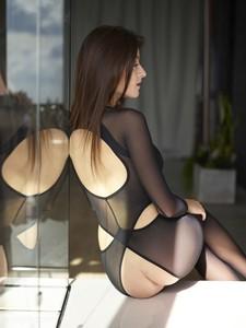 Arina-Sex-Suit--m6rr9u3zqy.jpg