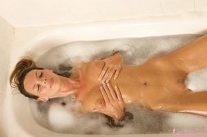 Claire - Bubble Bath  f6rt2u250g.jpg