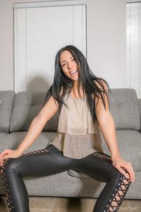 Bella-Bruni-Bellas-Leather-Pants--d6ut1lk7zo.jpg