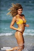 Samantha Hoopes – 2018 Sports Illustrated Swimsuit Issue